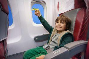 Перелет может стать для ребенка увлекательным приключением