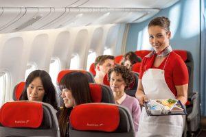 Стюардесса еда в самолете
