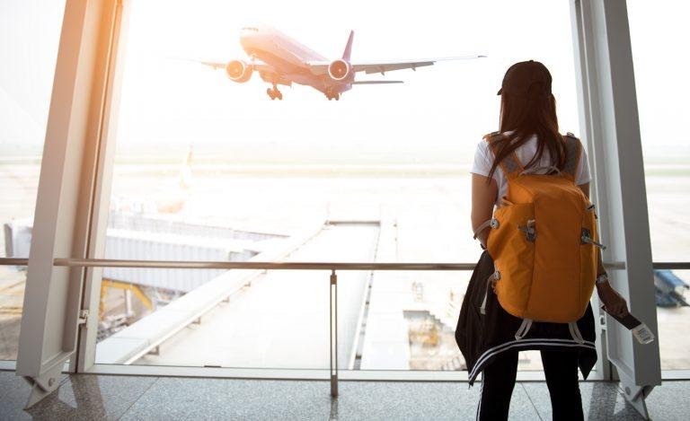 самолет рюкзак
