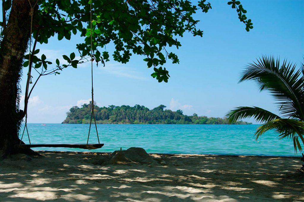 Ко Чанг Таиланд пляж качели