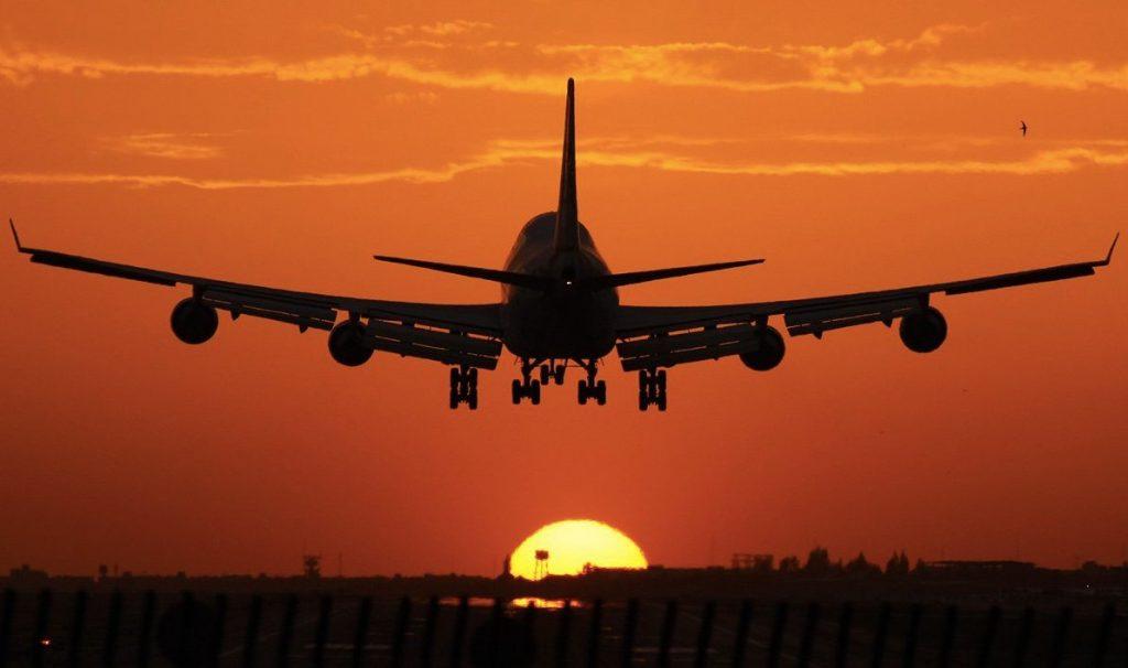 Самолет полет ночь