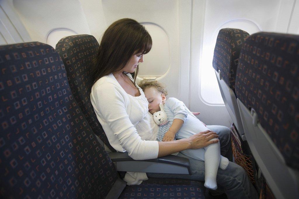 Ребенок до 2 лет в самолете авиабилет место