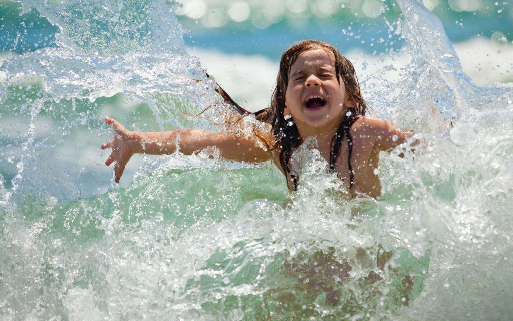 Температура моря для детей купаться