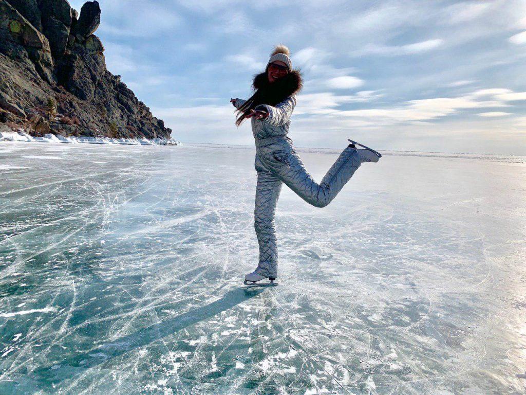 Байкал зимой чем заняться на коньках