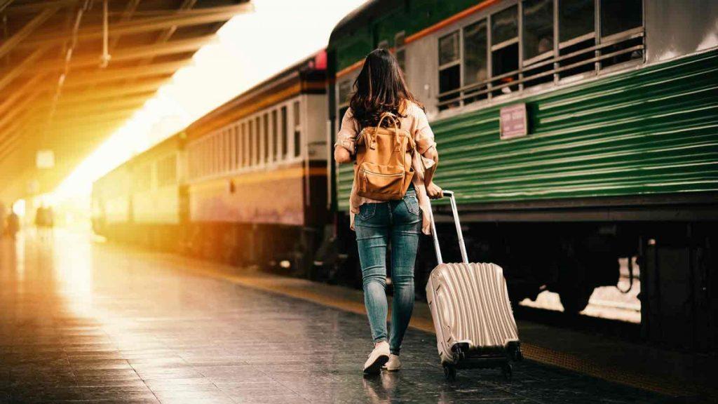 Поезд вокзал чемодан как купить билеты