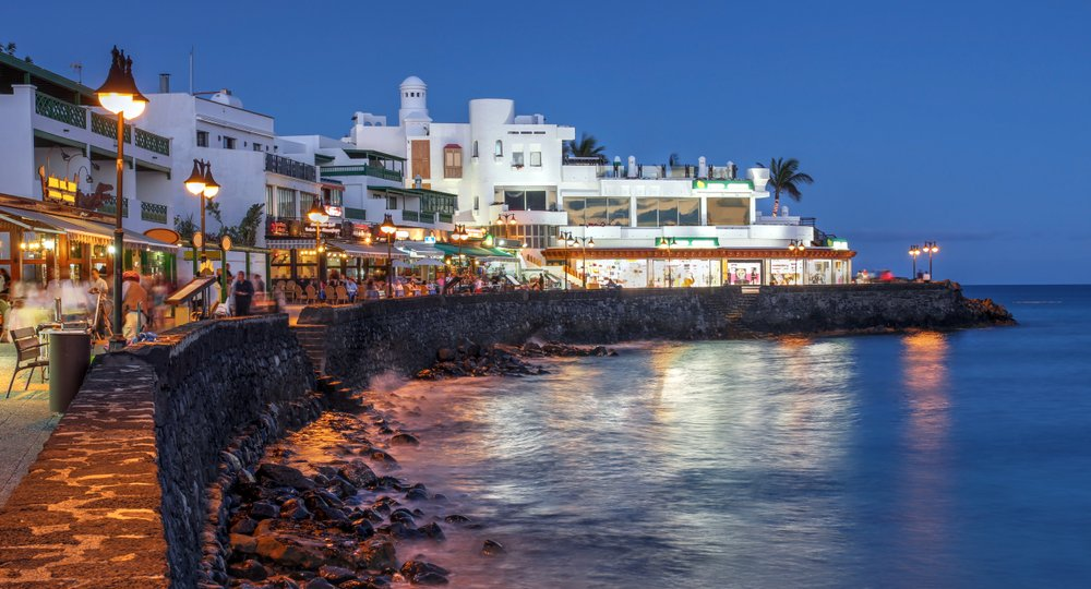 Cheap flights from Manchester to Lanzarote