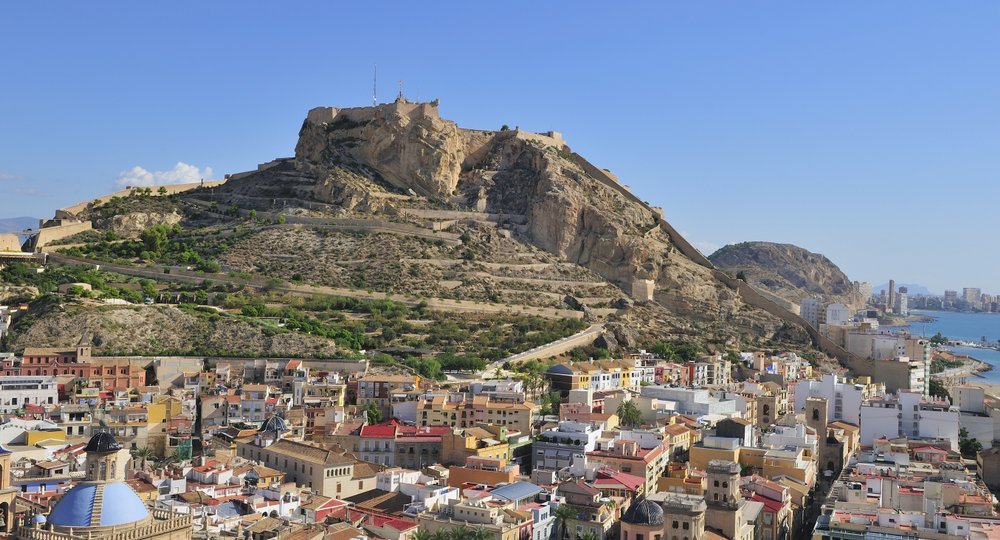 Cheap flights from Leicestershire to Alicante