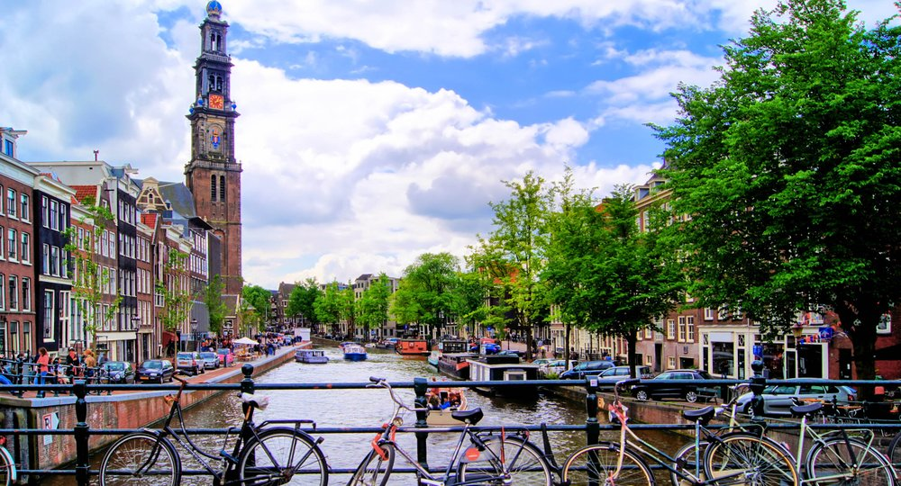 Cheap flights from Edinburgh to Amsterdam