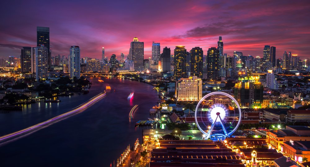 Cheap flights from Seattle to Bangkok