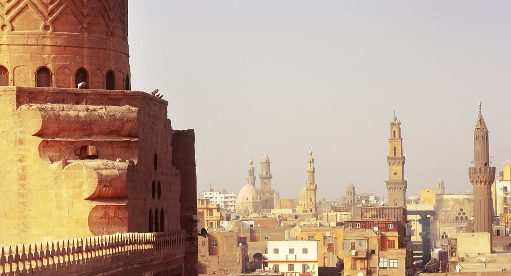 Cheap flights from London to Cairo