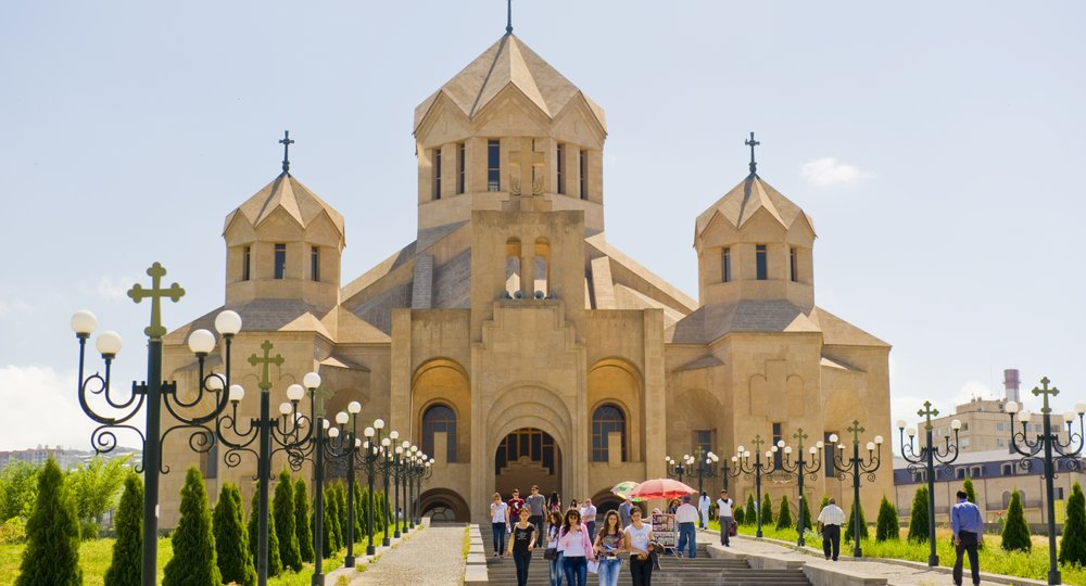 Cheap flights from London to Yerevan