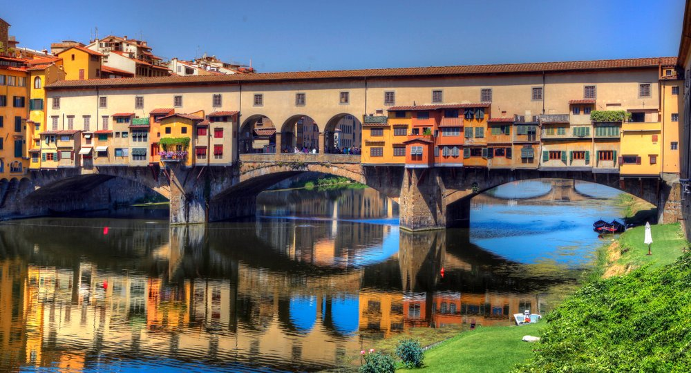 Cheap flights from London to Florence