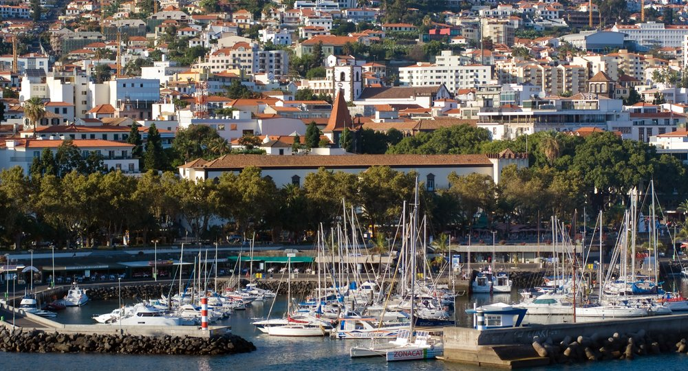 Cheap flights from Birmingham to Funchal