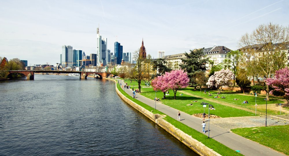 Cheap flights from Birmingham to Frankfurt