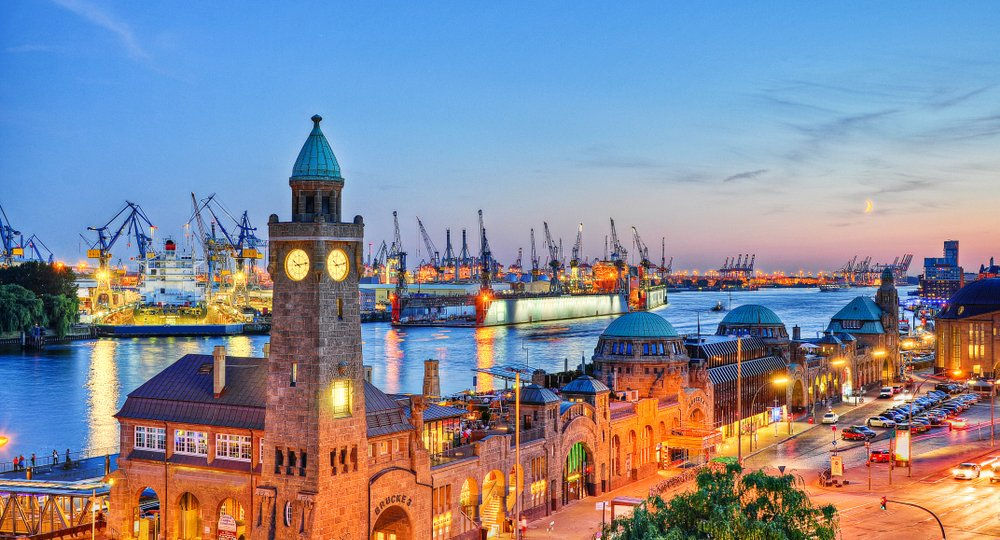 Cheap flights from Manchester to Hamburg