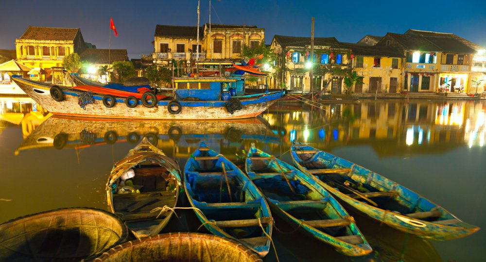 Cheap flights from London to Hanoi