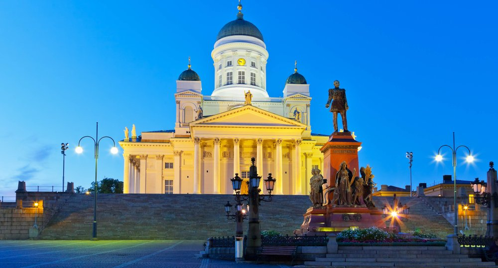 Cheap flights from London to Helsinki