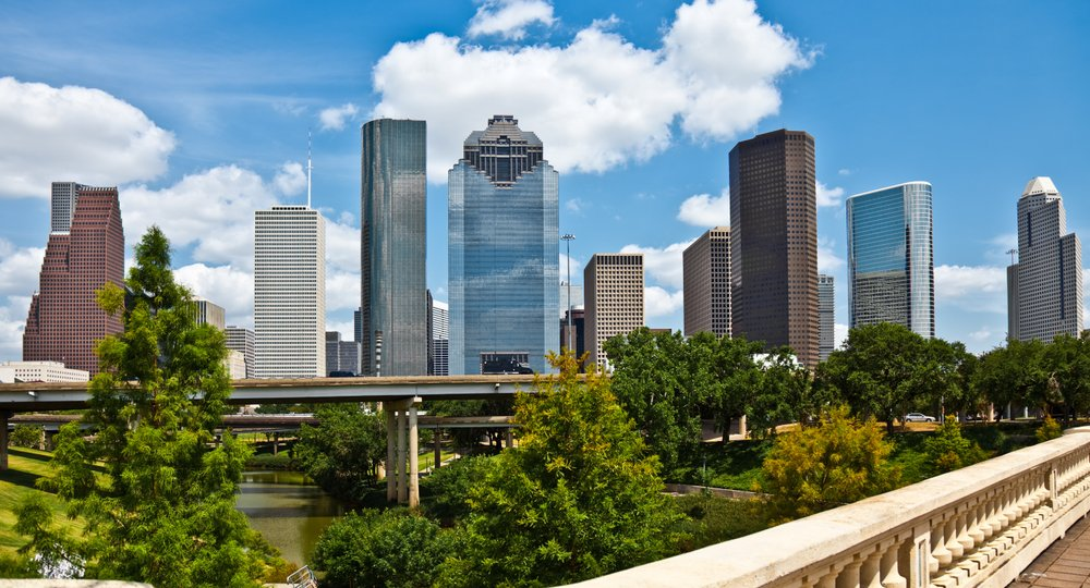 Cheap flights from San Salvador to Houston