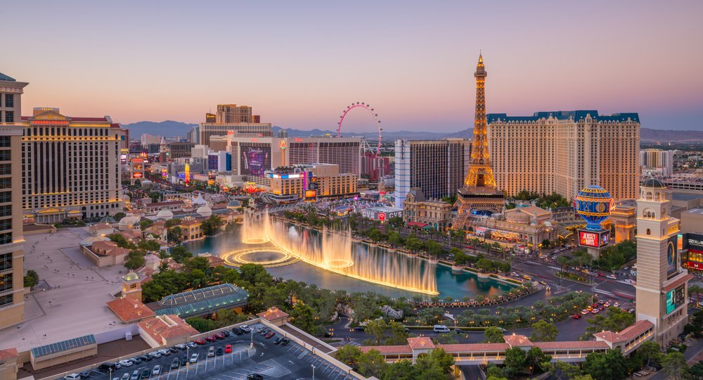 Cheap flights from Amsterdam to Las Vegas
