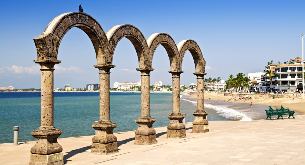 Cheap flights from Colorado Springs to Puerto Vallarta