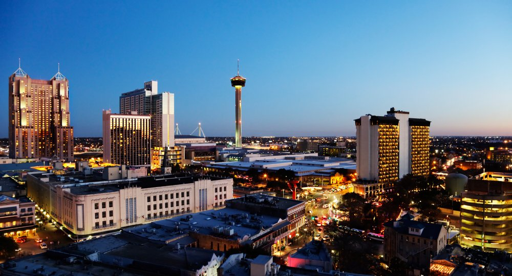 Cheap flights from Vitoria to San Antonio