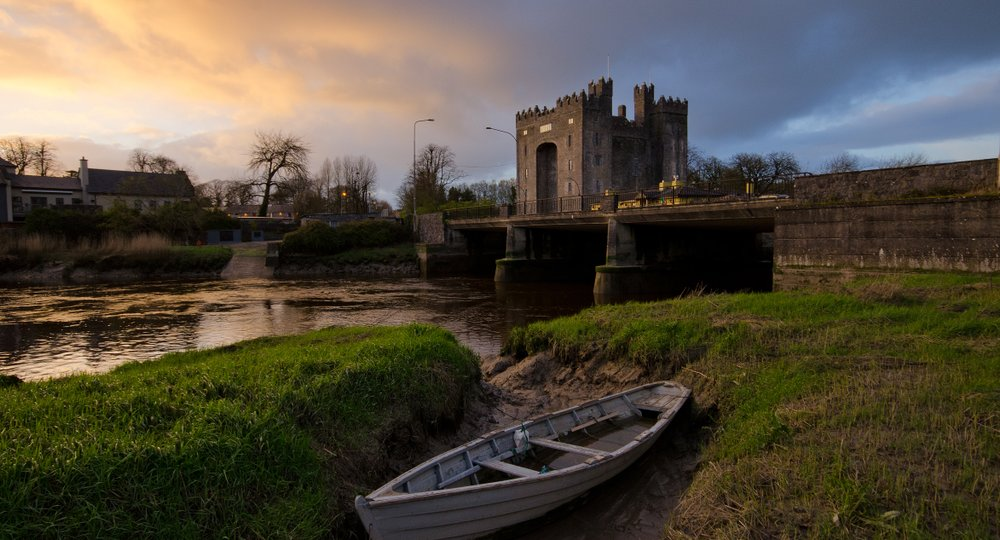 Cheap flights from Houston to Shannon