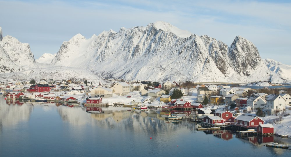 flights to Svolvaer