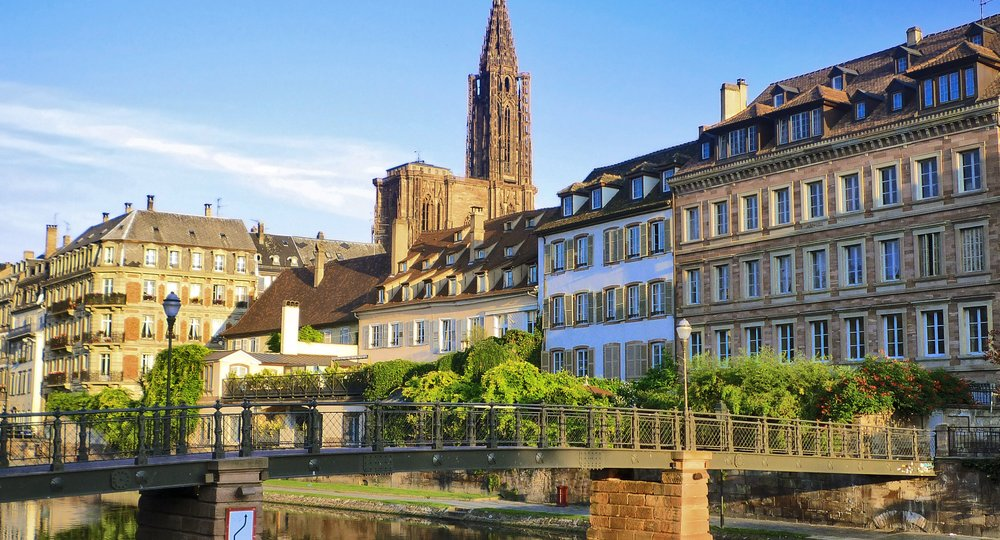 Cheap flights from London to Strasbourg