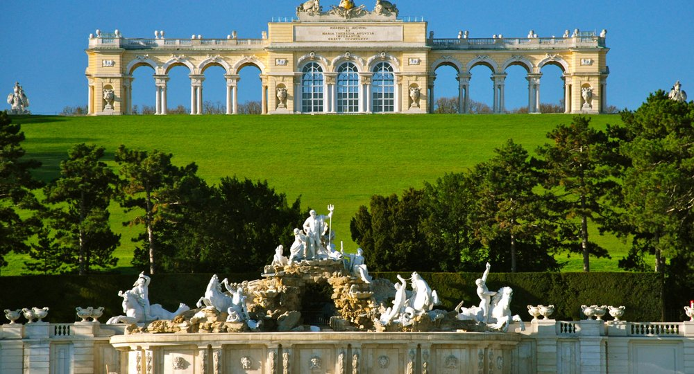 Cheap flights from Birmingham to Vienna