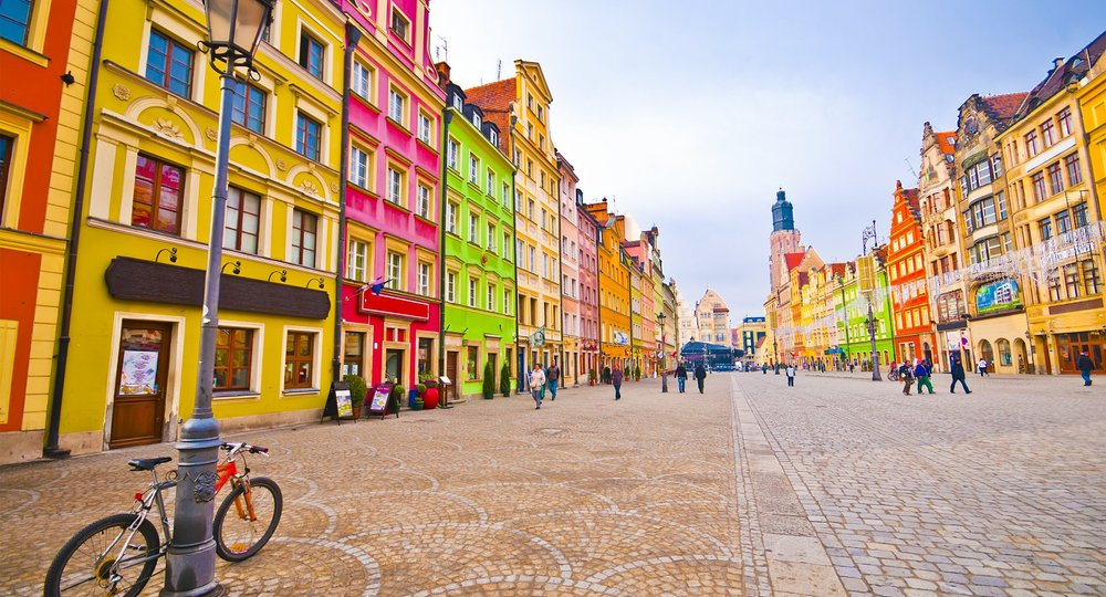 Cheap flights from London to Wroclaw